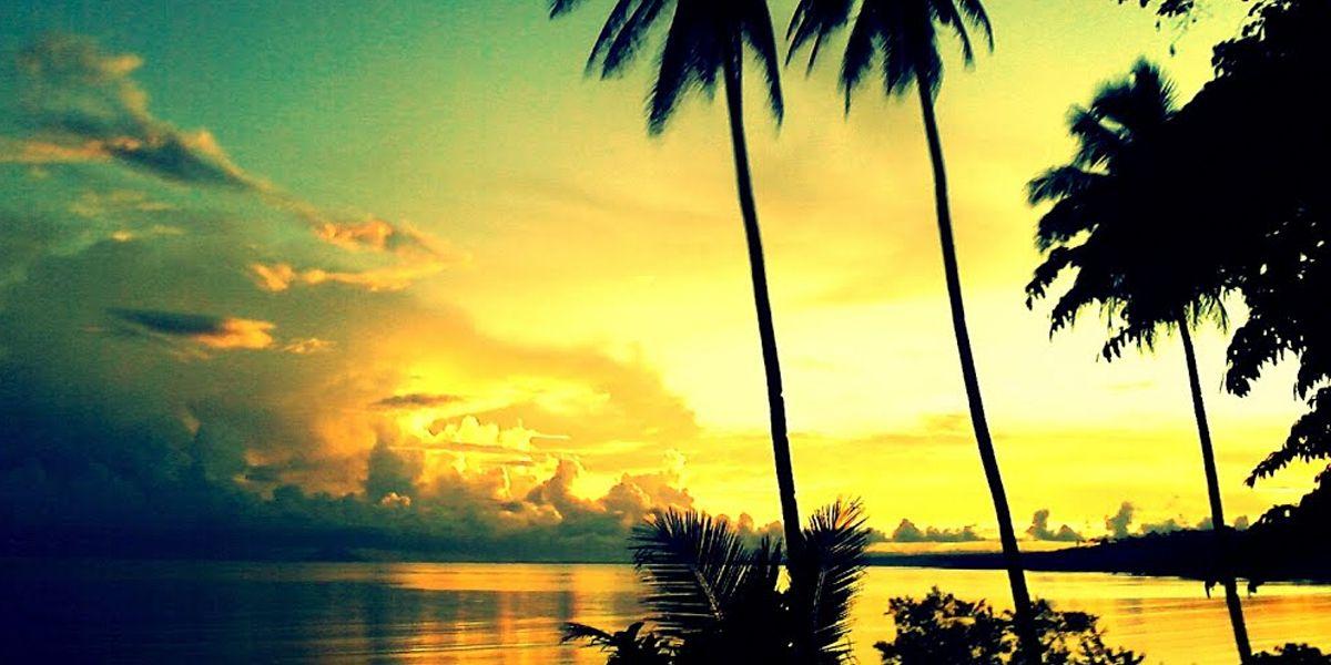 Menikmati Sunset di Morotai