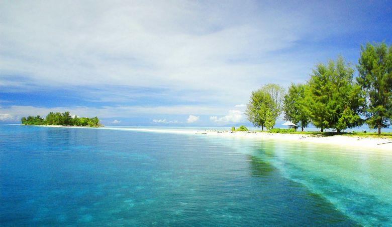 Ketika Surga Itu Adalah Pulau Dodola