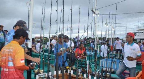Hebohnya Memancing di Pulau Morotai yang Indah dan Eksotis