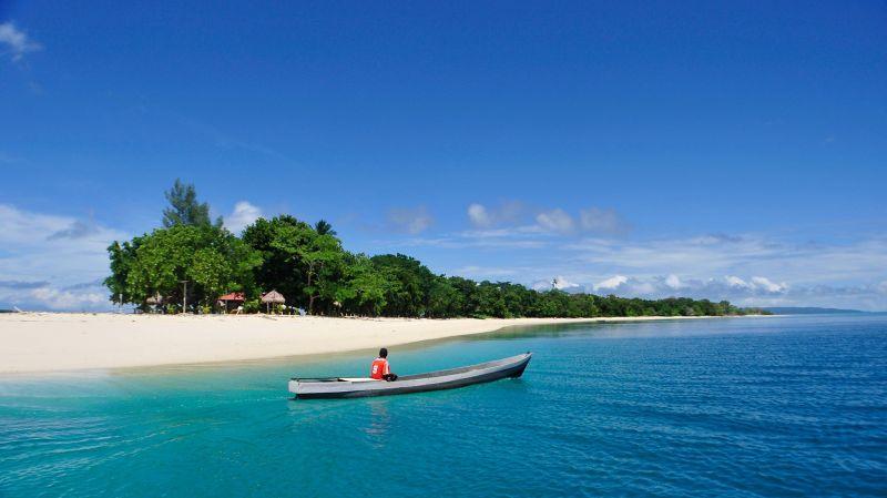 Keindahan Destinasi Wisata Morotai Memikat Wisatawan Eropa